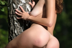 erotic-beauty_2017-05-30_LOST_IN_TREES_2_16